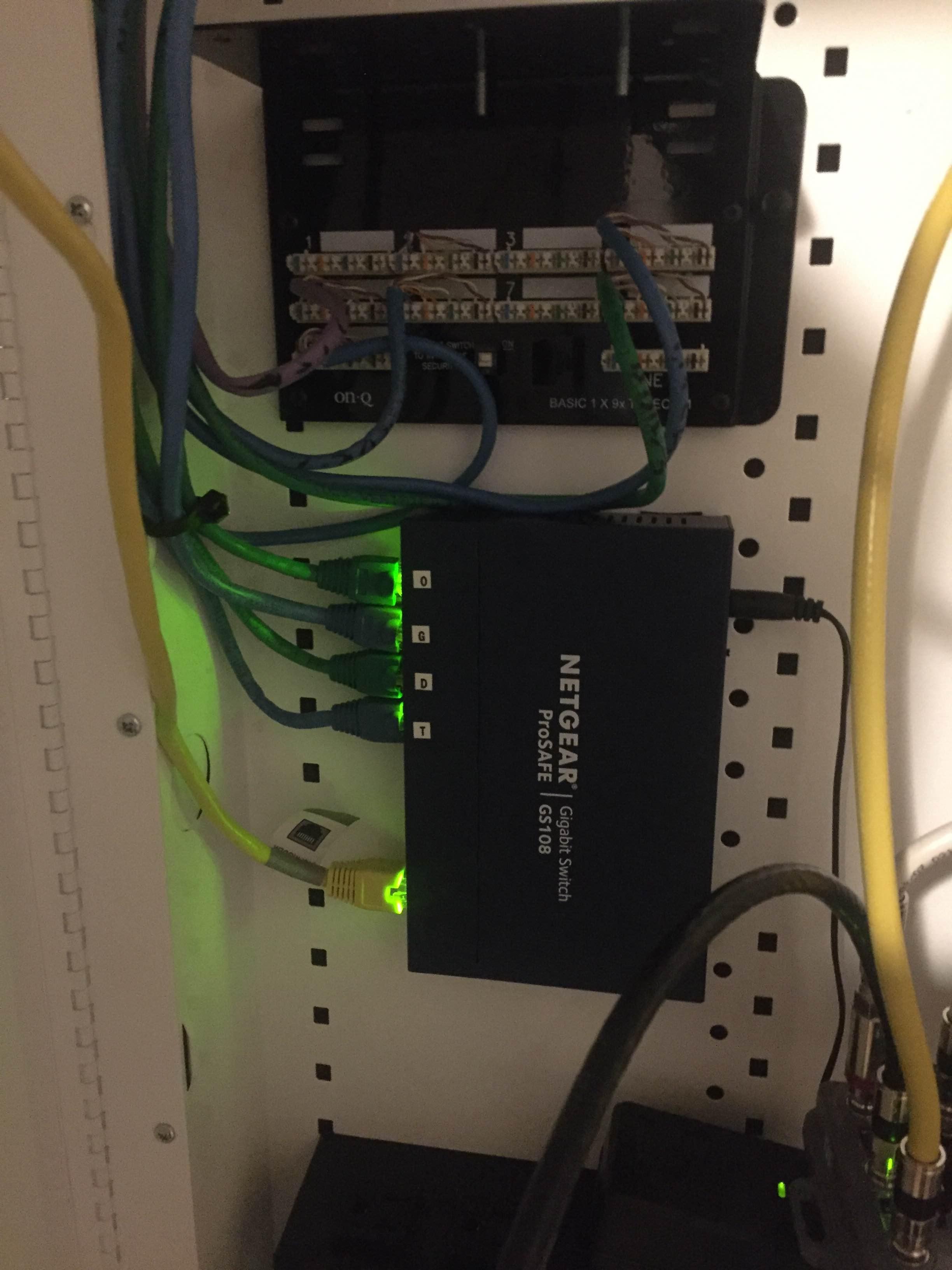 Re Large Home Network Netgear Communities Basic Wiring Onq Panel R8500 Img 3263